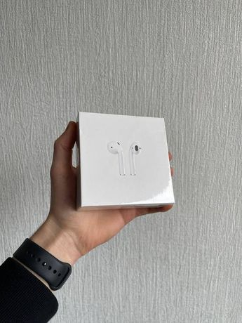 Apple AirPods 2019 (2 поколения) with Charging Case