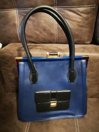 Женская сумка хорошего качества