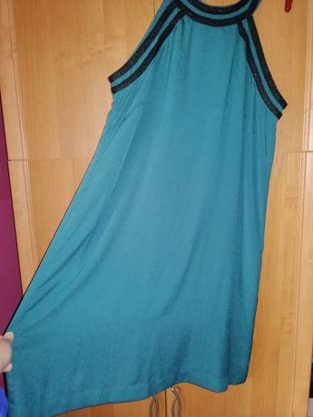 Zielona sukienka wokół szyi z odkrytymi ramionami rozmiar 44