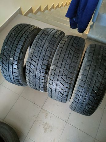 Продам шины Bridgestone Blizzak VRX , 185/65/R15