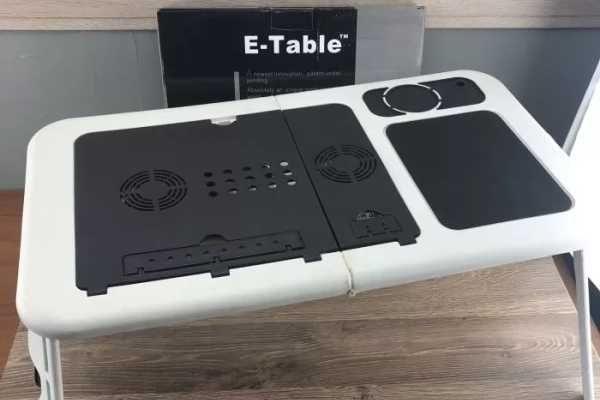 Столик трансформер для ноутбука   с охлаждением, б/у