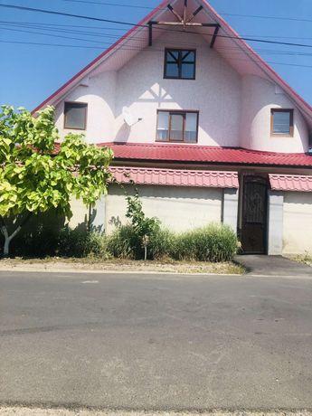 Продам современный дом на тихой улице