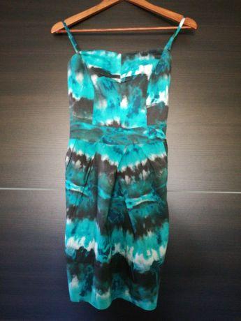 Sukienka bombka z doczepianymi ramiaczkami i kieszonkami z boku r. 38