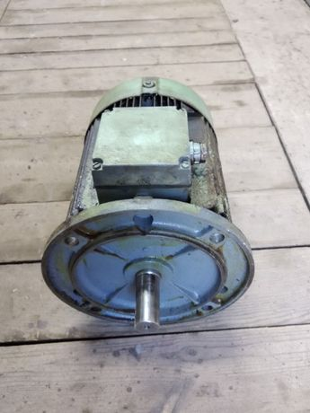 Электродвигатель 2.2 кВт 940 Об/мин