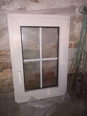 Okno plastikowe 60x90