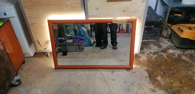 Lustro z podświetleniem 110x70 cm