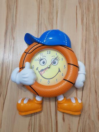 Zegar ścienny dla dzieci - oddam za dwa soczki Kubuś