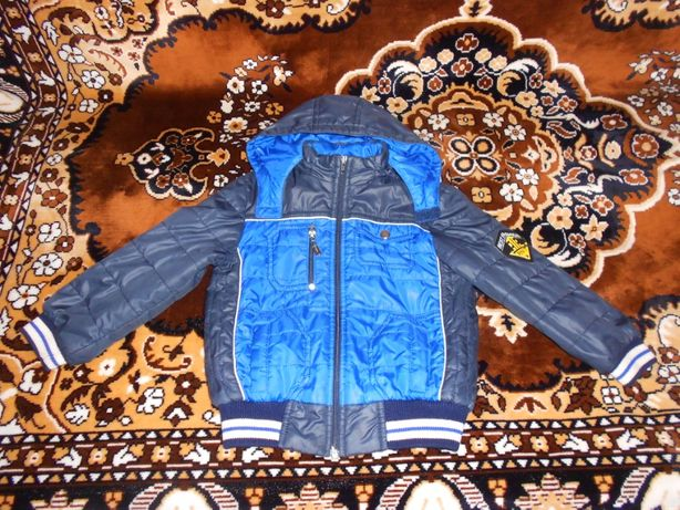 Весенняя курточка для мальчика