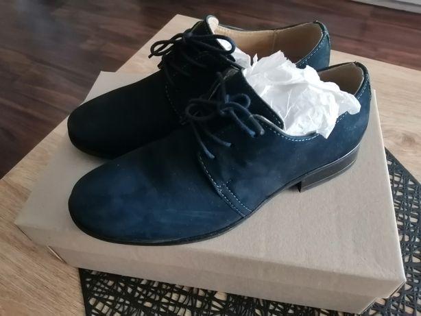 Buty chłopięce Lasocki rozmiar 34