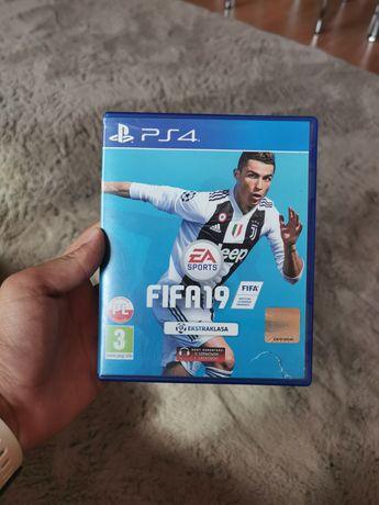 FIFA 19 PS4 PL Wrocław 2019 fifa19 ps 4