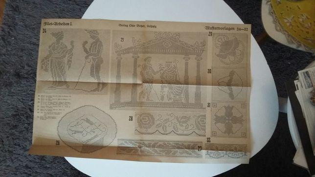 Bardzo stare 3 foldery haft krzyżykiem +książeczka