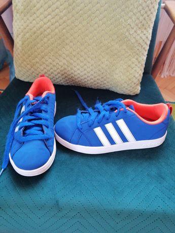 Adidasy firmy Adidas 34