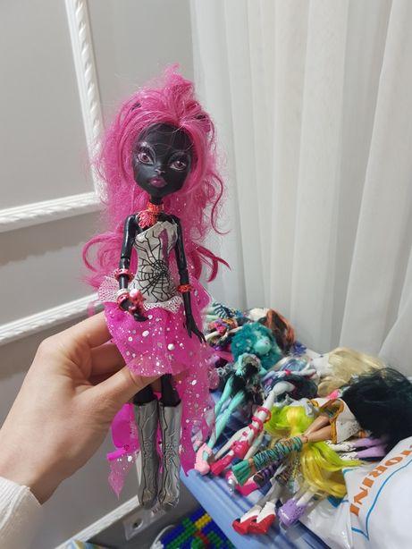 Продам коллекционную куклу китти нуар catty noir monster high