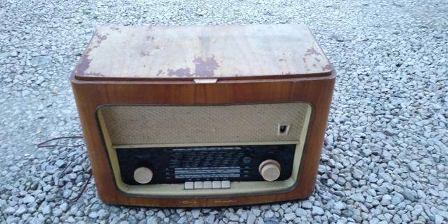 Stare radio Diora