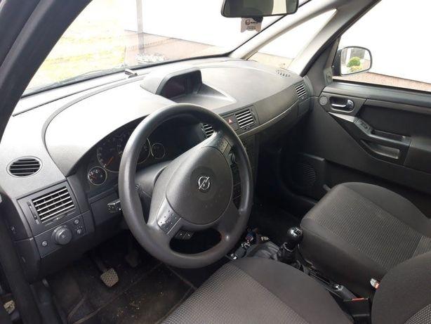 Opel Meriva  radio  z dużym wyświetlaczem mp3
