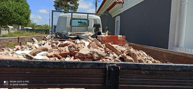 Entulho - Demolições - Limpeza terreno, Transporte e Mão de Obra