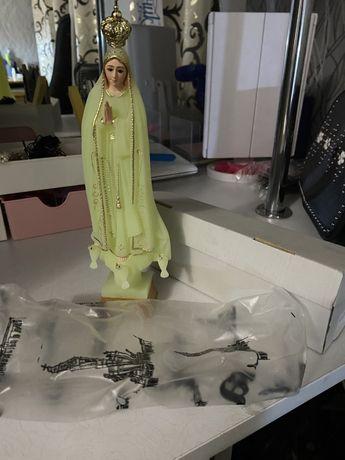 Статуетка Матінки Божої Фатімської