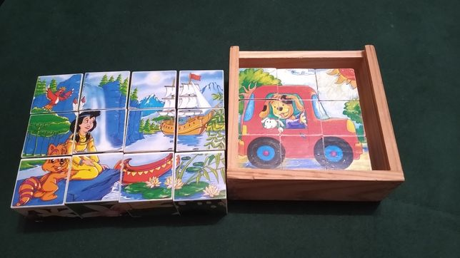 2 komplety klocków z obrazkami. Drewniane i plastikowe