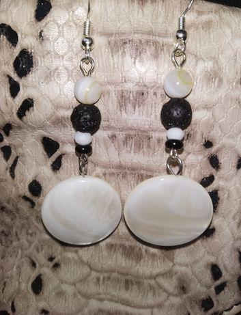 Kolczyki czarno-białe perłowe DIY (ręcznie robione)