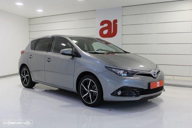 Toyota Auris 1.8 HSD Comfort +P.Sport+Navi