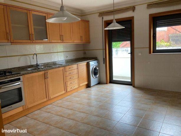 Apartamento T2 - Oiã - Oliveira do Bairro