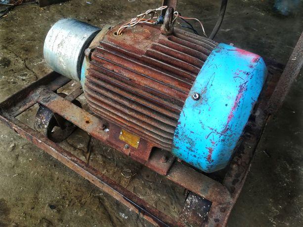 Silnik elektryczny INDUKTA 11 KW 1460 obr/min
