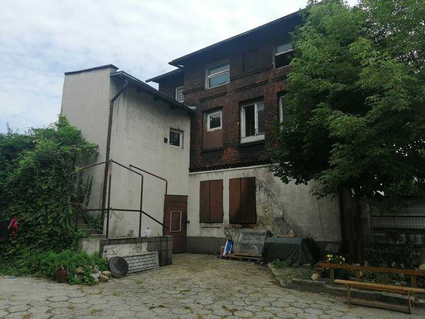 Dom, budynek usługowy