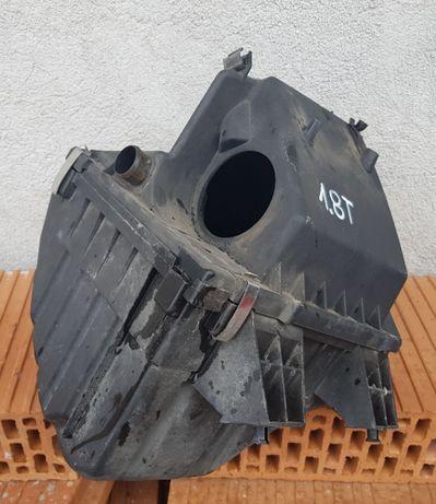 Obudowa filtra powietrza AUDI A4 B5/A6 C5/VW PASSAT B5 1.8T AEB ANB