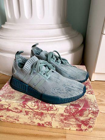 Кроссовки женские Adidas новые размер 40
