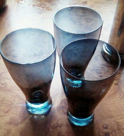 Стаканы из затемненного стекла 3 штуки