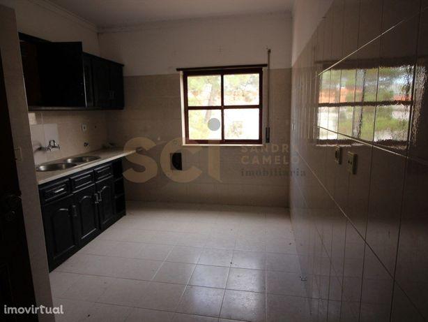 Apartamento t1 zona central de Pinhal Frades , Prédio Exc...