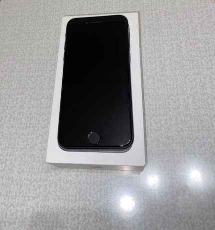 Продам iPhone 7 на 32 gb