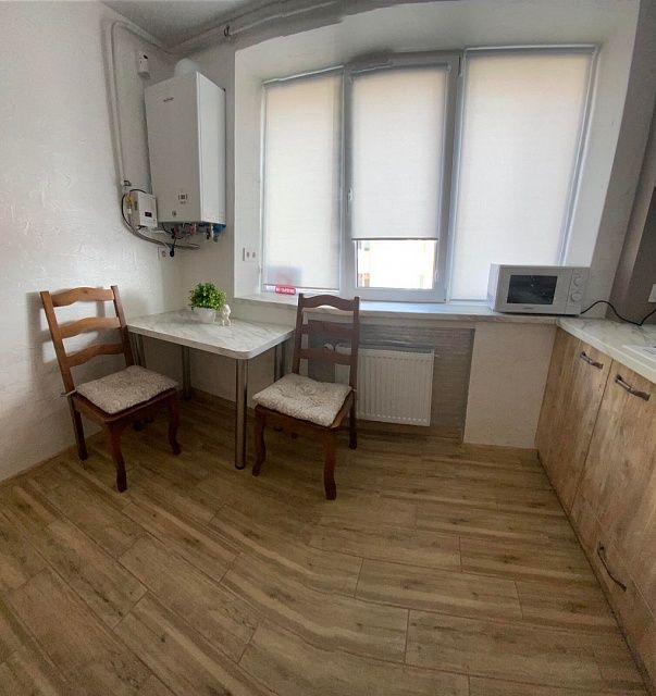 Подобово, 2- кімнатна ЄВРО - квартира.-1