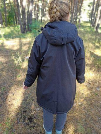 Куртка теплая спортивного плана, почти новая