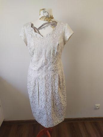 sukienka srebrna w zdobienia , kobiecy fason