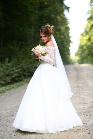 Продам КАЗКОВЕ Весільне плаття.При покупці велика знижка.