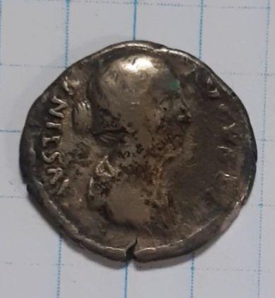 Денарий, Фаустина, серебро. Выкопная. Римская империя
