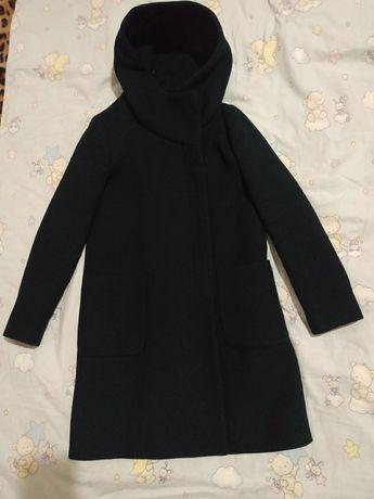 Пальто осеннее  zara