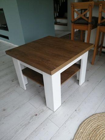 Skandynawski stolik kawowy
