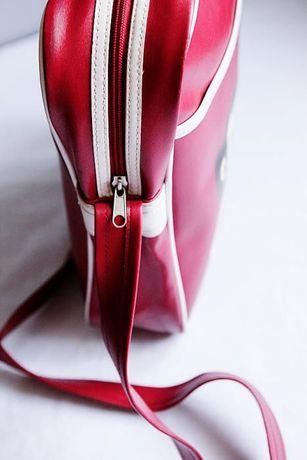 продам правильную веселую и забавную сумку от бренда Paul Frank