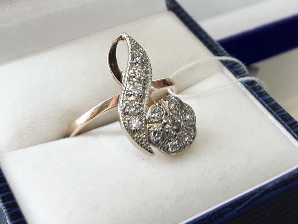 Золотое винтажное  кольцо с бриллиантами проба 583  СССр