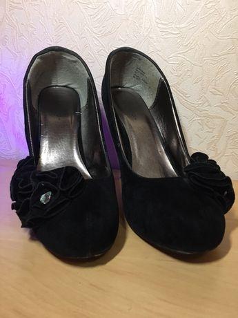Туфли (лабутены)