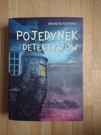Książka detektywistyczna Pojedynek Detektywów, Arkadiusz Niemirski