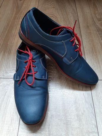 Pantofle chłopięce 38  Haver sznurówki gratis