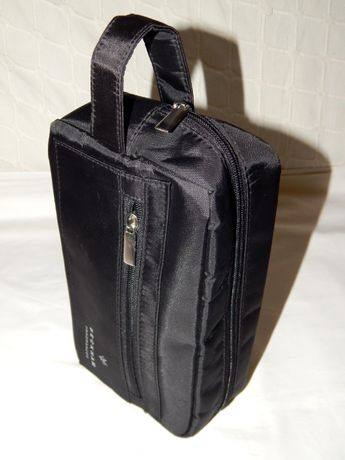 Нейлоновая плотная вертикальная сумочка Beckham.