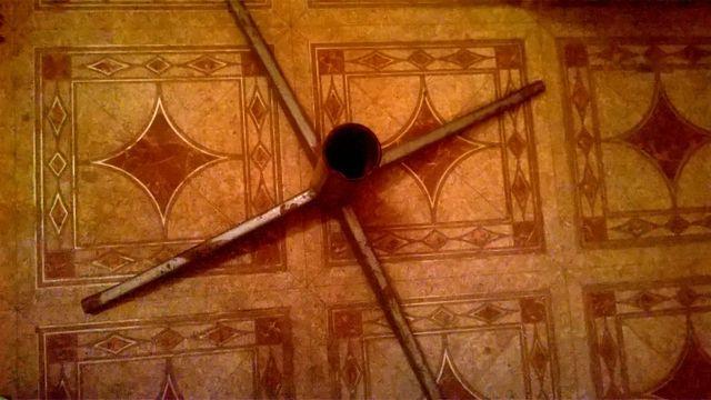 Крестовина для ёлки/дачного, садового зонта