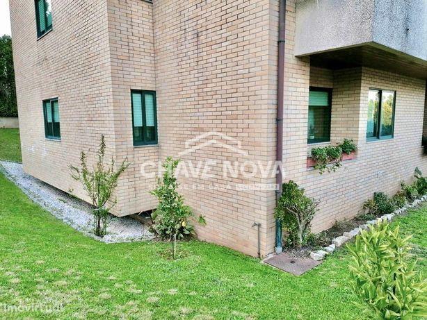Apartamento T-3 em Lobão - Santa Maria da Feira
