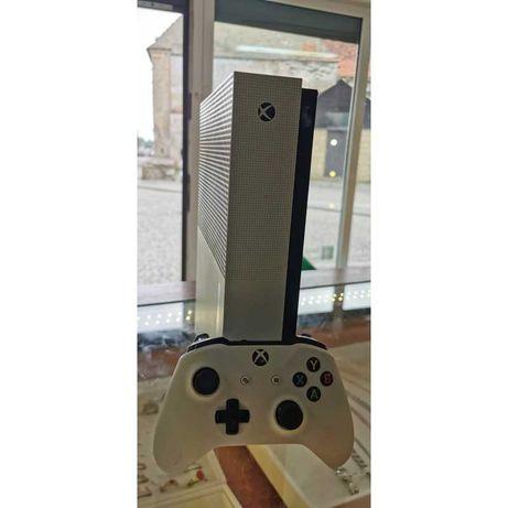 Xbox One S 1TB pad