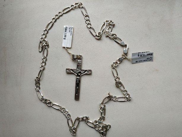 Серебряная цепь с крестиком