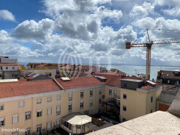 Apartamento T2 com vista rio e dois lugares de garagem, s...